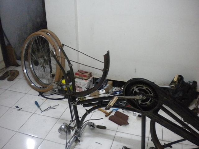 bongkar sepeda humber
